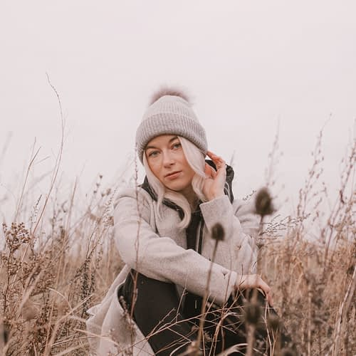 Nicole Rae Hamilton Ontario Canada blogger 2021 editorial photoshoot